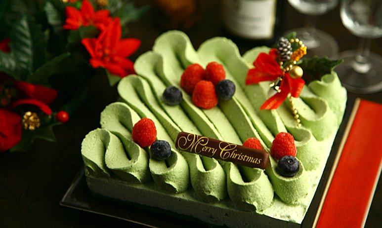 抹茶スイーツで大人気の伊藤久右衛門から、抹茶のクリスマスケーキが新発売されました!詳細は⇒毎年大人気のため、売り切れ必至の商品です。