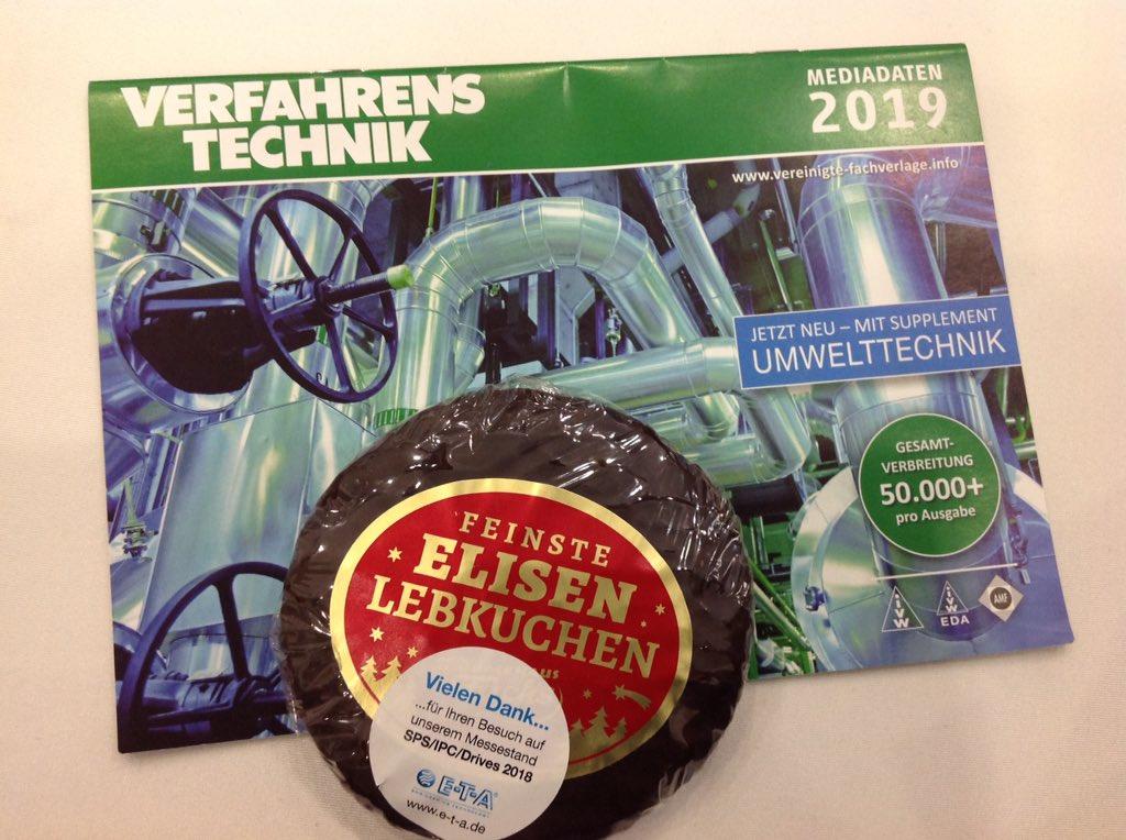 RT @Evarothlinder Nürnberg: Lebkuchen und gute Gespräche auf der #sps_live #vfv18