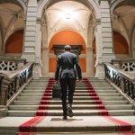 Le photographe fribourgeois Nicolas Brodard annonce la publication de son livre CONSEILLER FEDERAL en février 2019. C'est le fruit de quatre ans de travail. Volume financé par souscription, on peut passer commande sur le site https://t.co/cUiQQRUvhl #Suisse #ConseilFédéral