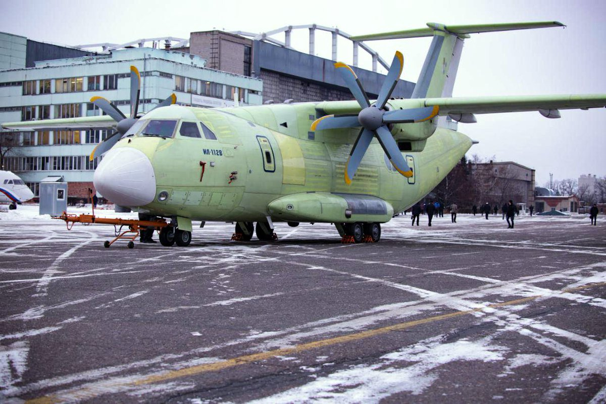 Il-112V light military transport  - Page 5 DtBOiZ_WkAE1vKj