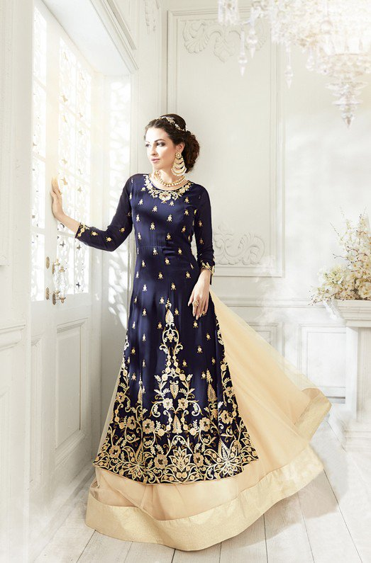b3ee9f89b55 MAKE A STYLE STATEMENT WITH OUR LUXURY SAJAWAT DRESSES NOW ON SALE !! SHOP  ONLINE NOW   https   www.asiancouture.co.uk brands sajawat-mumtaz …  indian  ...