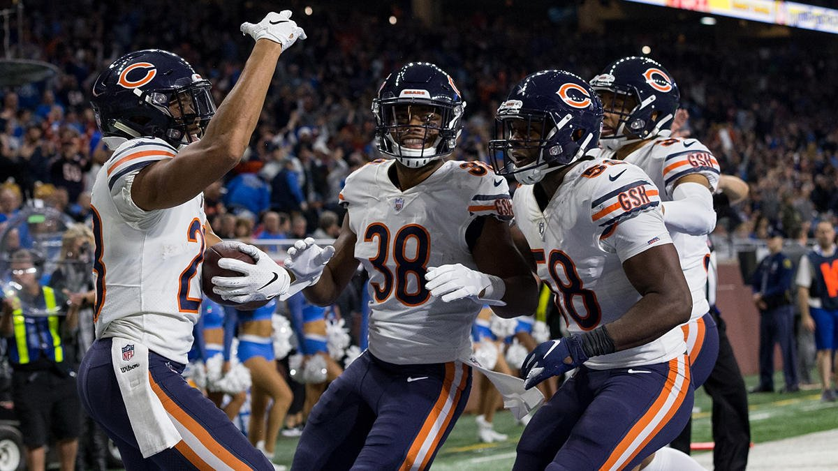 Watch some of the best #BearsSingToAnything tweets from #Thanksgiving weekend https://t.co/vhAhXzjBZL