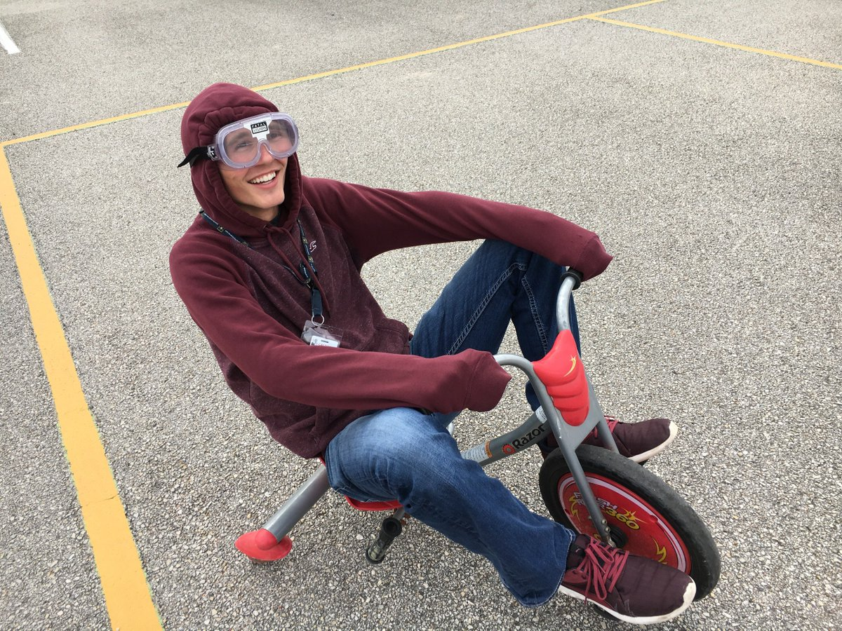 Lessons of safe driving aren't always boring! Students learned not only the consequences of drunk driving but also how difficult motor functions become. #Buckleupbuttercup @TeensDriverSeat
