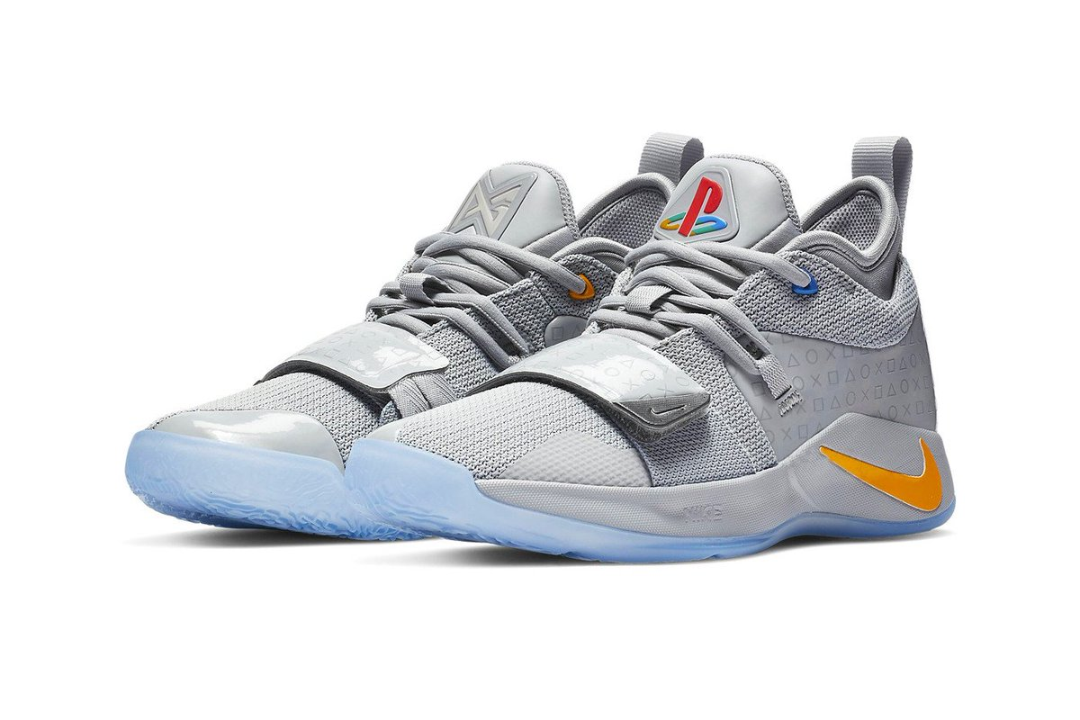 e4f00585374b 1  sneakers  shoes  pg2  paulgeorge  sneakerheads  sneakerhead  nba ·   basketball  nike  ps4  shoes  droppic.twitter.com IdMDSa8sXl