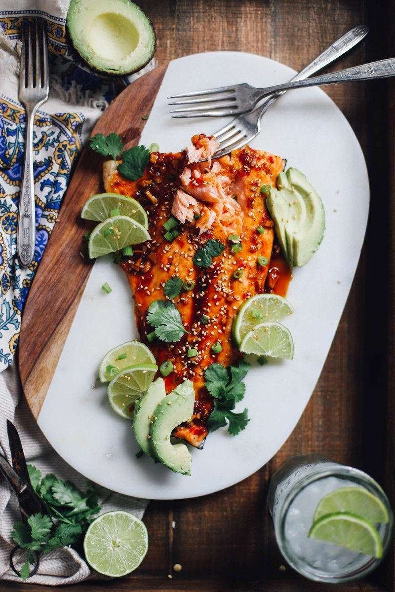To add a spicy kick to any dish, mix red chili sauce with garlic and ginger for a peppery heat! Try it out with this salmon recipe: https://goo.gl/gB4374