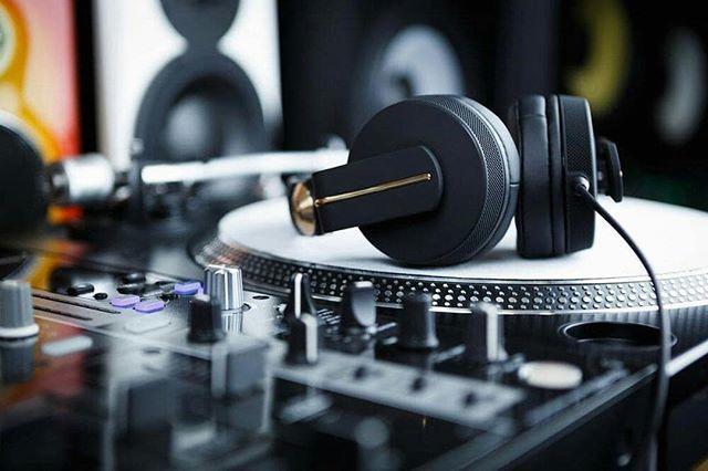 Evening views #djpics #djpictures #djlife #djculture #turntables #djmixer #headphones #mmp #mymp3pool #repost