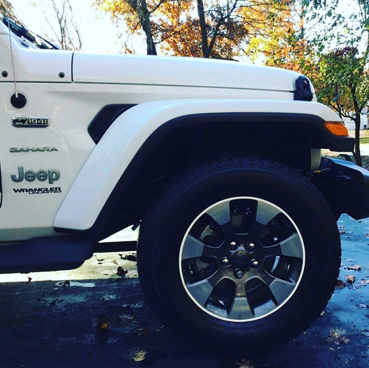 Rimblades Ltd On Twitter Love This Jeep Wrangler With White
