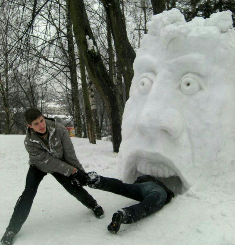 прикольные фигуры из снега