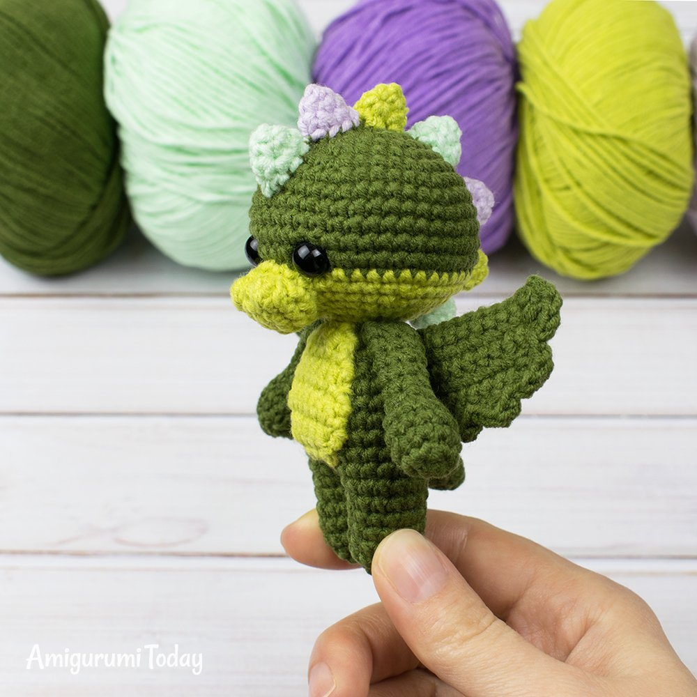 Monkey baby rattle crochet pattern - Amigurumi Today | 1000x1000