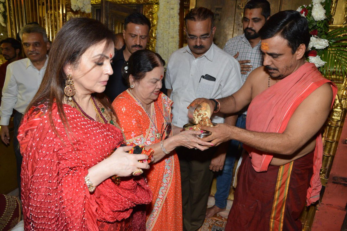Nita Ambani visits Ambaji temple to place daughter Isha's wedding invitation before Goddess Amba