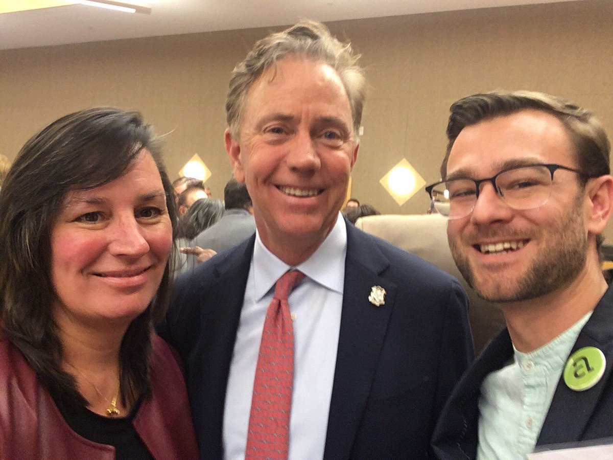 CAA Board Members Wendy Bury (@SectCulture) and Daniel Fitzmaurice (@NewHavenArts) met yesterday with Governor-elect @NedLamont and will serve on his Arts, Culture and Tourism Policy Committee.