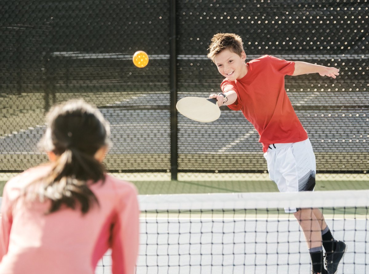 Wondering how you can impact a child's sport experience? We just released a new page full of useful tips and tricks for anyone involved in a youth's sport! ⚽️🏈🏀 👉http://sportforlife.ca/tips-for-parents/ …