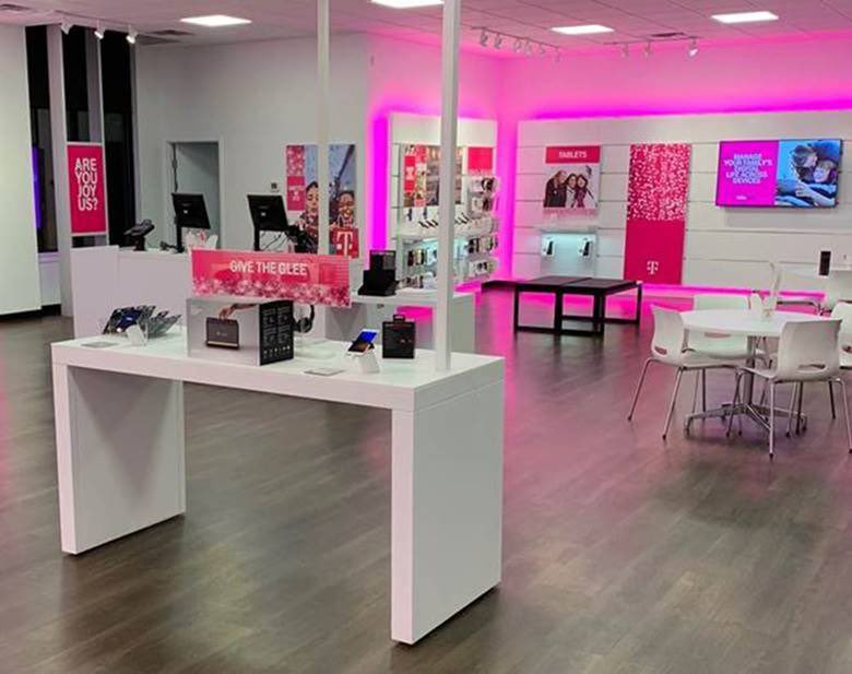 Jon Freier On Twitter Proud To Open Our Newest Tmobile Store In