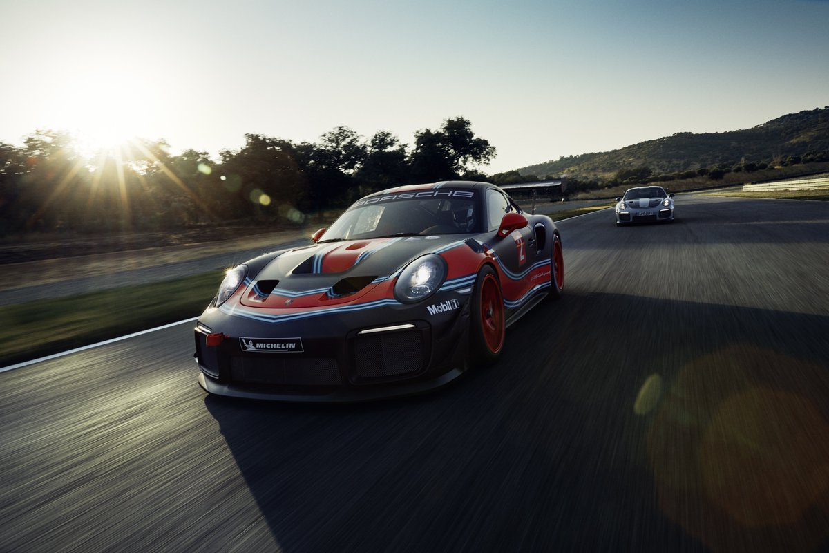 Road Track On Twitter The Porsche 911 Gt2 Rs Clubsport Is A 700