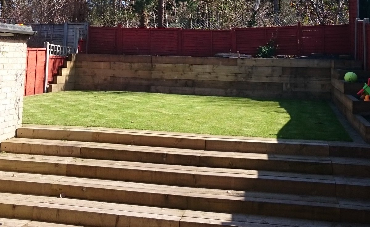 ... http://www.railwaysleepers.com/projects/steps-with-railway-sleepers /howards-dramatic-garden-transformation-with-railway-sleepers …pic.twitter.com/ ...