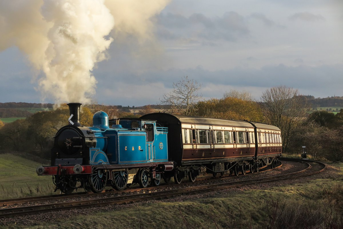 test Twitter Media - RT @SirHectorMunro: Caledonian 419 and Caledonian carriages on the @bonessrailway  @srpssteam https://t.co/XGNIHHslt9