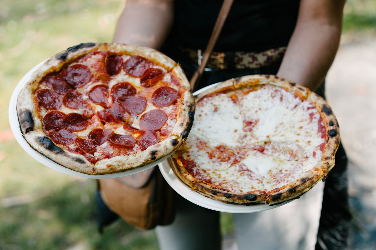 ranger dave isn't just going to make a cheesy pun about these pizzas. grow up. #outsidelands (📷: Cal Bingham)