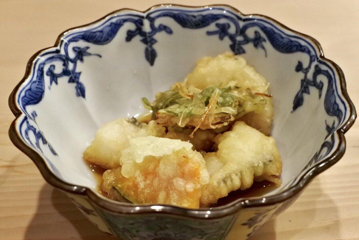 北新地にて目の前でにぎりたてのお寿司をランチで頂ける幸せ〜♪  #tabelog