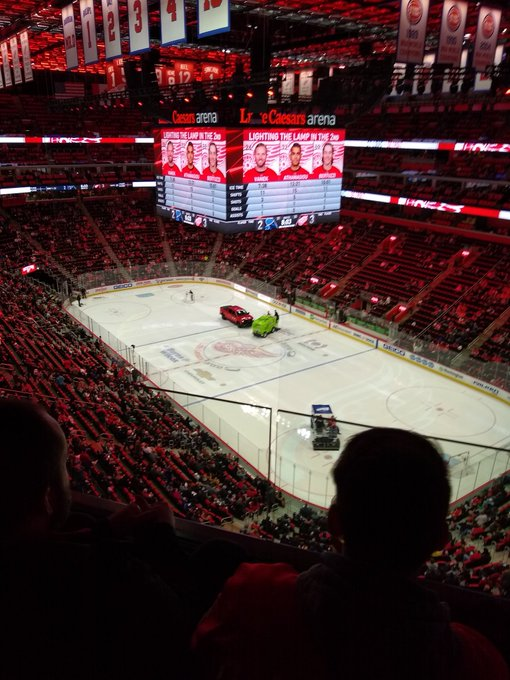 Towed Car Finder >> The Chevrolet Silverado Was The Star Of A Recent Detroit Red Wings Game For The Wrong Reasons ...
