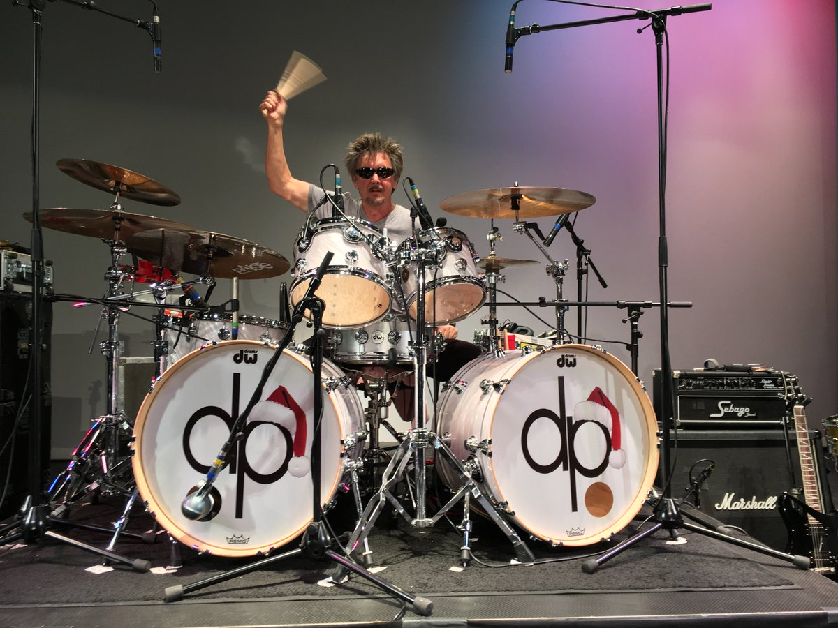 David Lauser on Tour with @DecemberPeople--all concerts benefit Food Banks across the US. A Classic Rock Christmas concept to make Holiday music hip and relevant for todays listeners and to have a way to give back to each community through Food Bank donations. #dwdrums