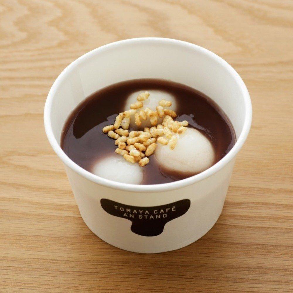トラヤカフェの冬限定メニュー、クリスマスカラーのあん入りパフェ&白玉が浮かぶお汁粉 -