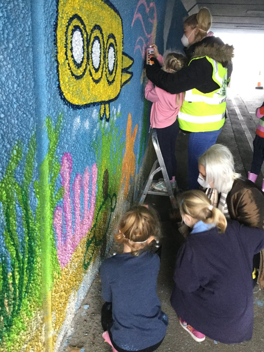 They worked with graffiti artist james mayle from image skool to design and paint underwater murals under hatchetts lane underpass