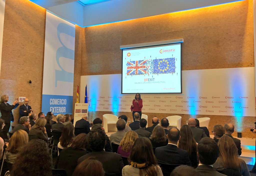 """Amparo Polo, corresponsal de @expansioncom en Londres da la bienvenida al evento #EfectoBrexit: """"estamos muy cerca de conocer qué va a pasar en Reino Unido y España es un país que va a verse muy afectado"""""""