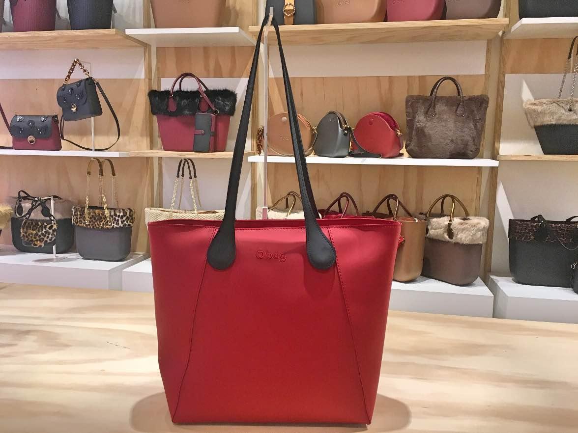0d5633f60 O Bag Soft Tender 💖💖 Shopping bag color rubino , chiusura zip e manici xs