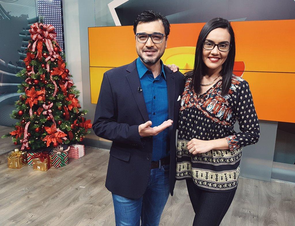 ¡AL AIRE #MediaMañana!  📌 Con @pablovaldezpy y @GladysBenitezP.  📺 Personal TV (50), Claro tv+ (10), Copaco IPTV (10), Tigo Star (19 y 729 HD)