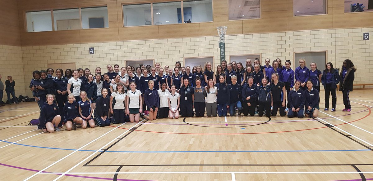 Thank you to all & so good to share some laughter, some sadness, some honesty & hopefully a tiny bit of wisdom with netballers in @NetballinGlos A massive shout out to @Issyfarrel for bringing together this fantastic event for @NetballSW   #netballfam #starsfamily #mentalhealth