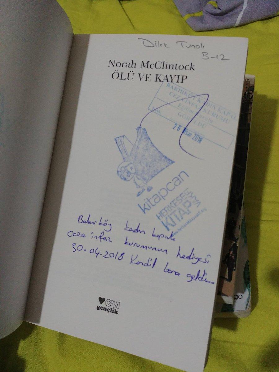 Az önce birkaç ikinci el kitap satın aldım, içinden biri cezaevi görmüş geçirmiş. Bakalım içinde birșeyler var mı