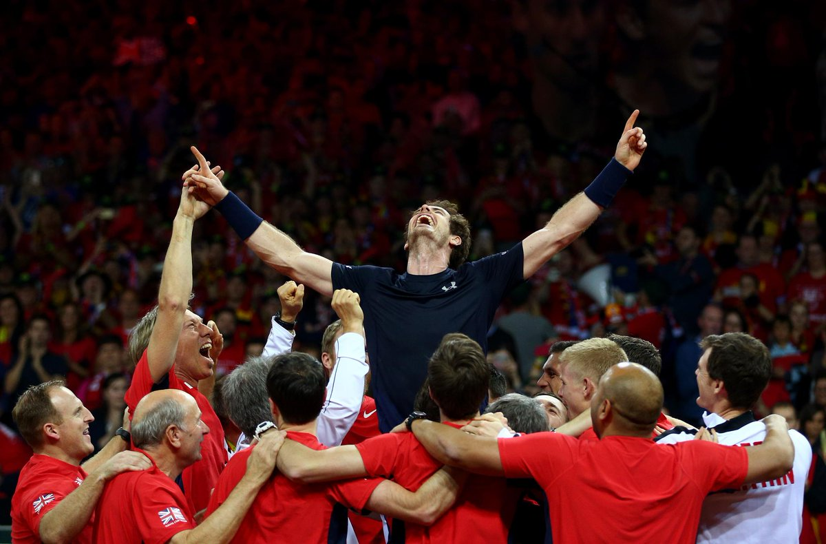 #OnThisDay 2015 and at this very moment @andy_murray hit that famous lob to seal Great Britain's 1st @DavisCup win in 79 years! #BackTheBrits 🇬🇧