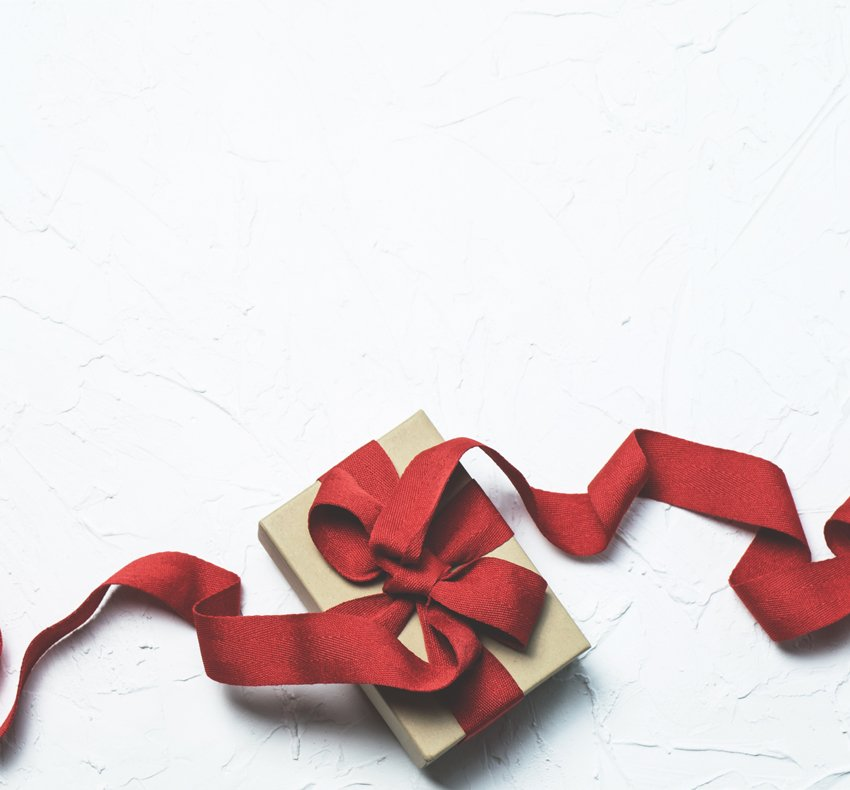 We're starting to get in the festive spirit in the Craft Scotland office + we've selected our favourite items for giving + receiving this Christmas, from distinctive jewellery to contemporary accessories, available on the Craft Marketplace: http://bit.ly/2TW3iFN #shopcraft