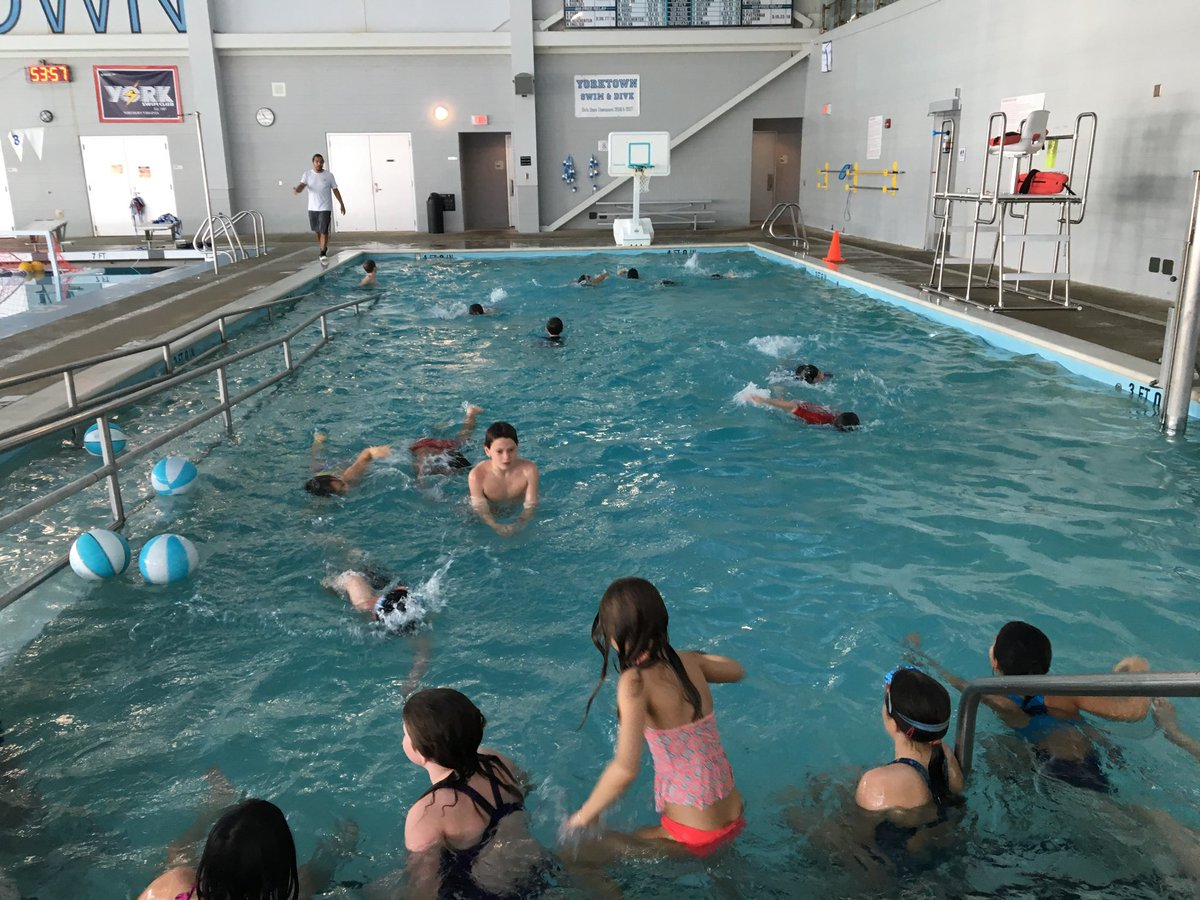 RT <a target='_blank' href='http://twitter.com/APSHPEAthletics'>@APSHPEAthletics</a>: Discovery students are getting along swimmingly at the pool <a target='_blank' href='http://twitter.com/JohnDuffyPE'>@JohnDuffyPE</a> <a target='_blank' href='http://twitter.com/APSAquatics'>@APSAquatics</a> <a target='_blank' href='https://t.co/5ZBCq9Abte'>https://t.co/5ZBCq9Abte</a>