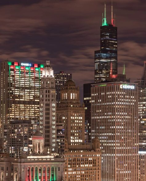 Christmas In Chicago Skyline.The Chicago Skyline Is Beginning To Look A Lot Like