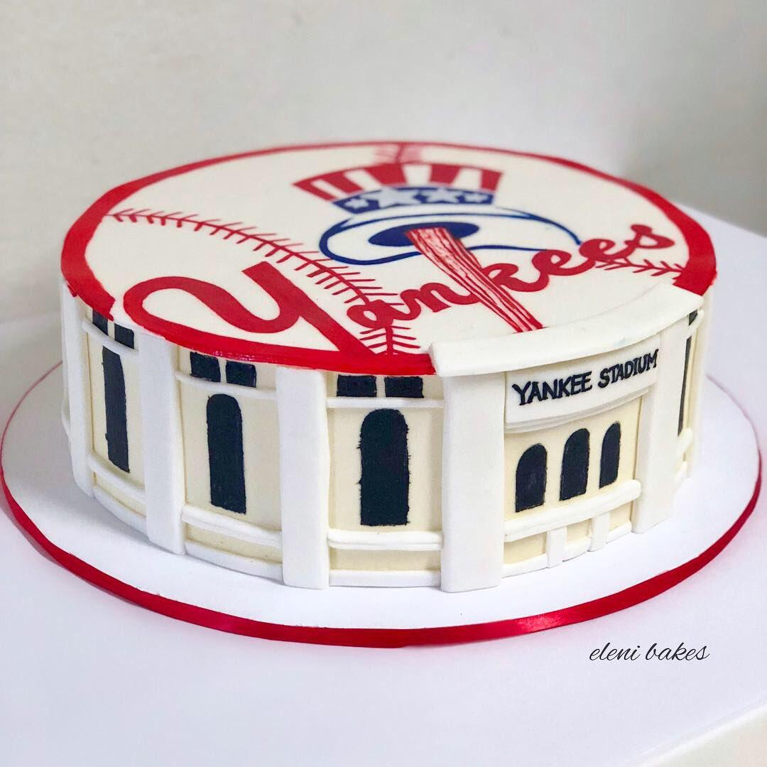 Phenomenal Eleni Bakes On Twitter Hand Painted Yankess Cake With The Personalised Birthday Cards Vishlily Jamesorg
