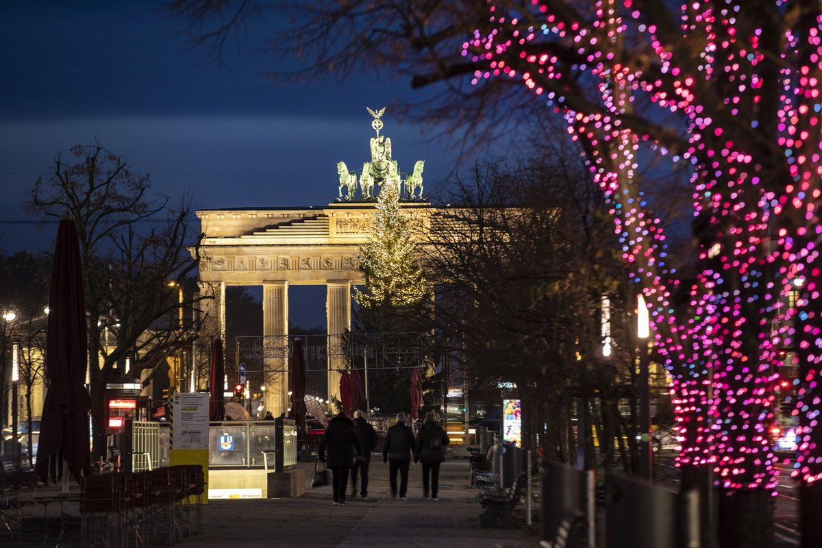 Unter Den Linden Weihnachtsbeleuchtung.Kaufland On Twitter Es Werde Licht Gemeinsam Mit Bürgermeisterin