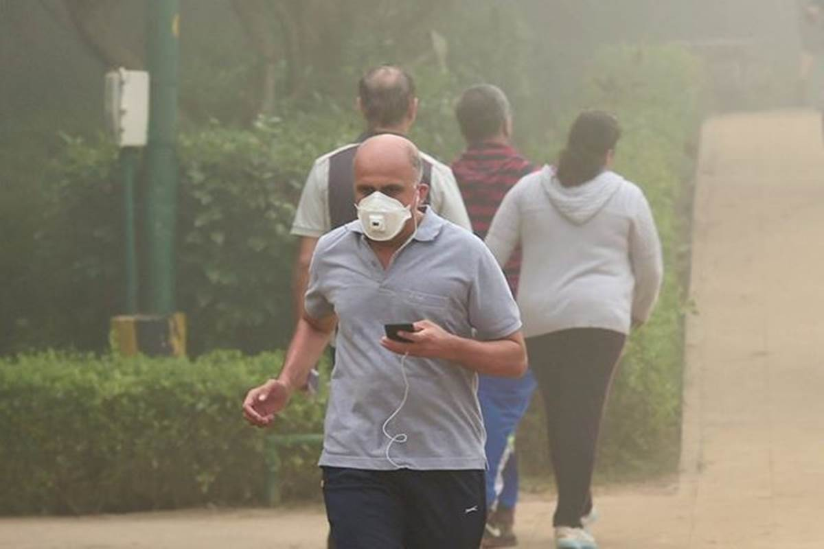 #delhiairpollution: Shallow fog, 'very poor' air covers #NCR https://t.co/MZNhnltNj9