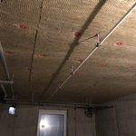 06.11.2018 наша организация приступила к выполнению комплекса работ по монтажу минеральной ваты по потолкам помещений подвала на объекте ЖК «Новоорловский». На данный момент работы выполнены на 90%. Заказчик: АО «ЮИТ Санкт-Петербург»