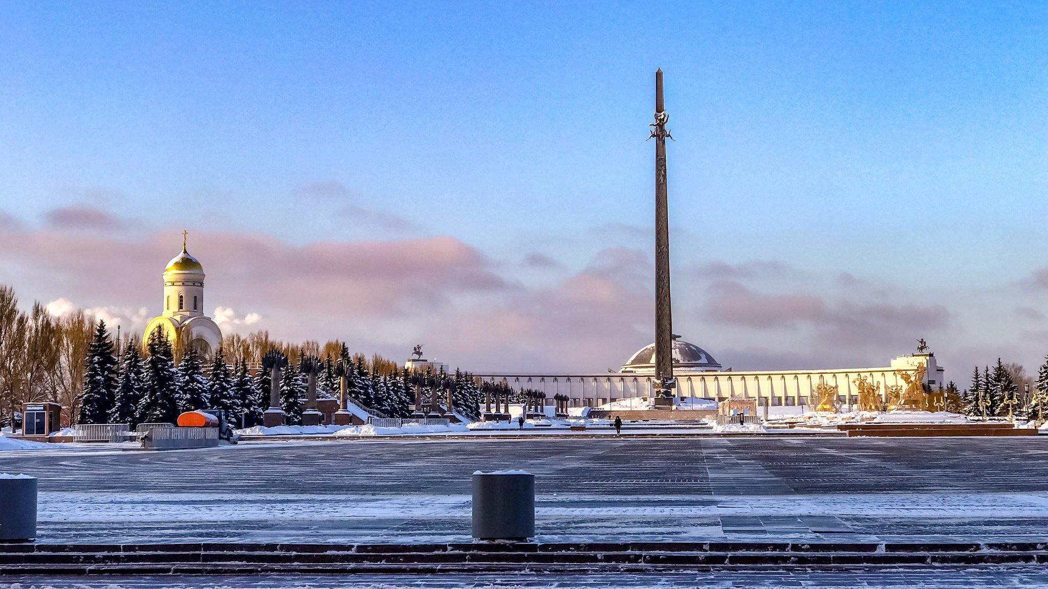 простая, поклонная гора в москве зимой фото там