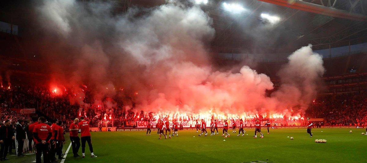 Müzesindeki her bir kupada gönlü, ruhu, emeği olan ve 30 milyonu temsil eden büyük Galatasaray'ın büyük taraftarı, 19.05'te, Aslantepe'de buluşuyoruz...