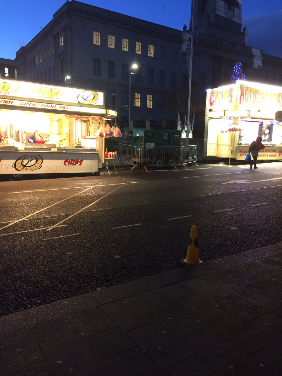 - What does it say about BMBC's community health policies? - What does it say about BMBC's care for the many nearby food led outlets that pay business rates all year? - How do 2 chip / hot dog vans with brighter lights than the C/mas lights look outside our wonderful Town Hall?