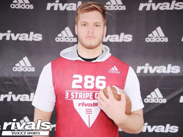 Congrats to Warren Township 2019DL @zackpelland Zack Pelland named to the Rivals/EDGYTIM 20th annual All State Team http://rvls.co/2FYZd0K