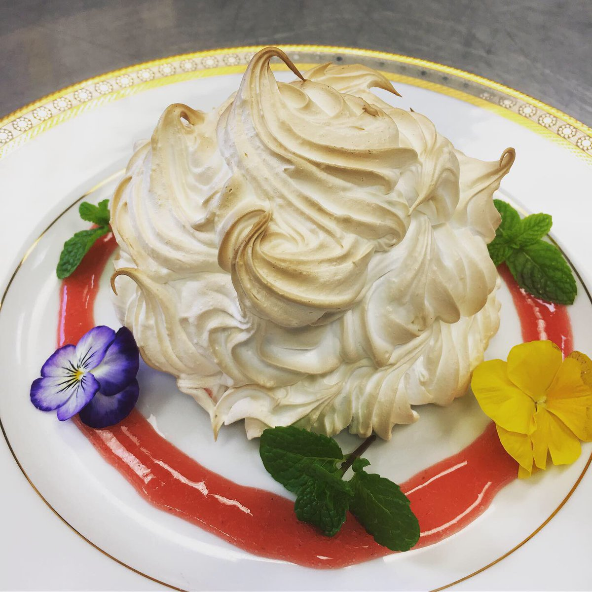 Swiss Embassy On Twitter For Tasteofholidays We Presented The Bakedalaska Did You Know The Famous Swiss Family Delmonico Created This Dessert When The Us Bought Unknown Territory Alaska Full Recipe And Story