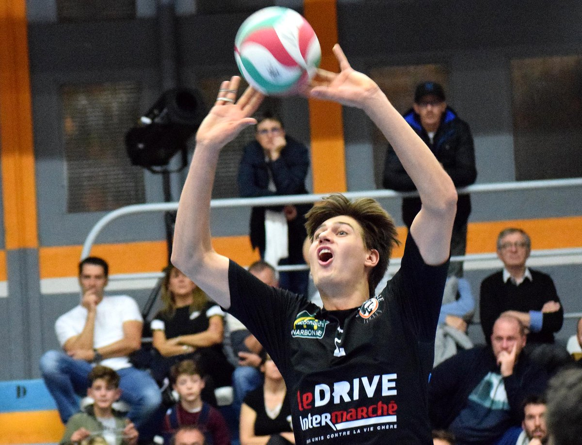 #centurions @LNVofficiel vs @RennesVolley35 :0-2 (25-27) https://t.co/Y5oeGFpjew