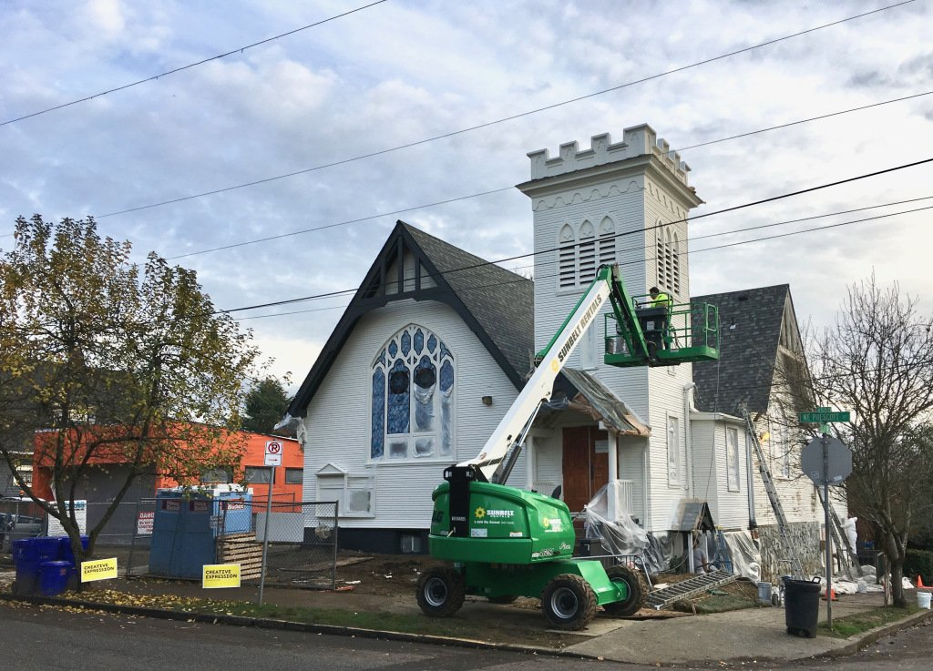A fun bit of history - and a nice progress photo - of the Highland Congregational Church aka @pdxplayhouse!