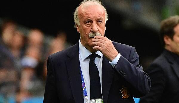 """""""No entró mucho en este asunto del balón de oro, soy un descreído... Pero me extraña muchísimo que Messi no esté entre los candidatos, no lo puedo llegar a entender"""" - Del Bosque -"""