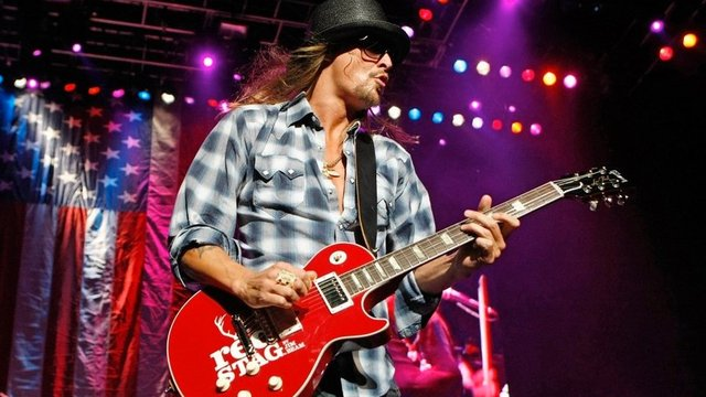 BREAKING: Nashville Christmas Parade will not feature Kid Rock. Parade organizers have invited Waffle House Hero  to be honored at the parade.