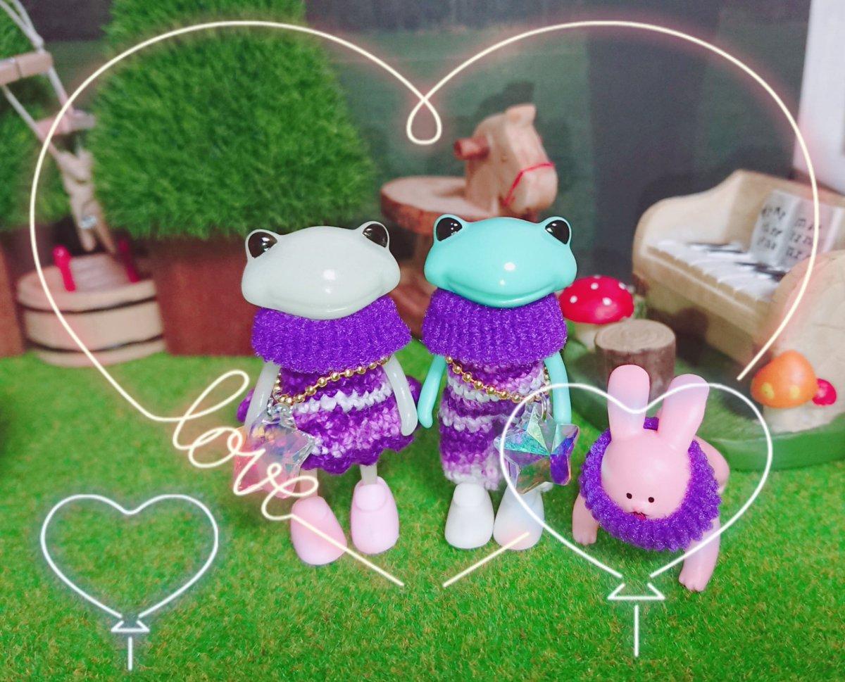 test ツイッターメディア - お友達の分の服も編みました☆ お揃いカラーだけど、お友達はワンピースVer.♪ 糸はキャンドゥのレース糸を使用。 マフラーはDAISO。 アクセサリーはセリア。 うちのフォーチュン達の小物は、ほぼ100円ショップで揃えてます(*^^*)  #DAISO #セリア #キャンドゥ #フォーチュンワンダ https://t.co/qMHRtBfzc8