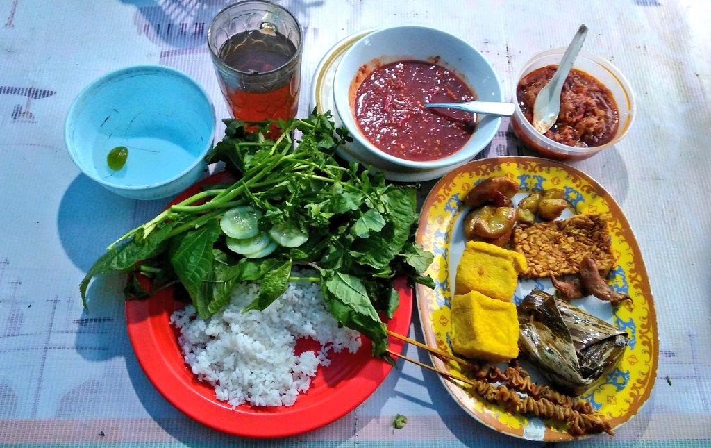 Farchan On Twitter Mz Pur Rasjawa Ada Rekomendasi Makan Malam